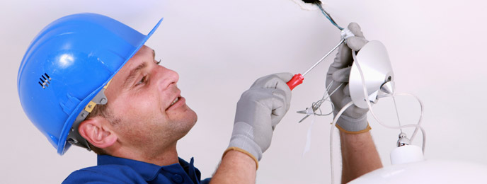 How Our Electrician Program Can Improve Job Safety